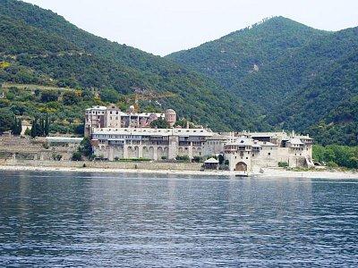 Kláštery při pobřeží - Bohužel nevím přesné názvy klášterů.... (nahrál: Jitule)