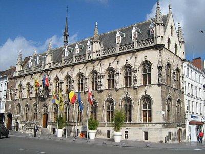 Stadhuis (nahrál: admin)