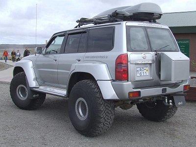 Pořádné auto je na Islandu zárukou (nahrál: Jechort)