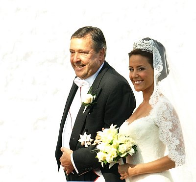 Marie Cavalier with her father (nahrál: Veronika)