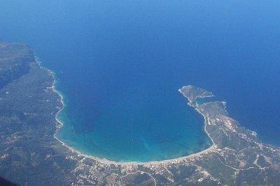 Agios Georgios - pohled z letadla (nahrál: Tylínek)