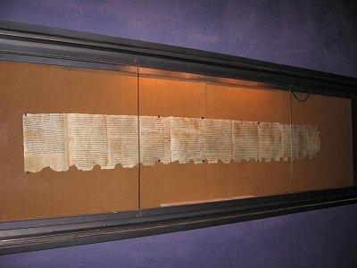Kumrán-národní park - Svitky-kopie. Originály jsou uloženy v Izraelském muzeu v Jeruzalémě. (nahrál: Dorothea)